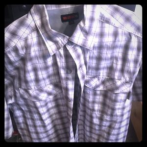 Men's wolverine (button up casual) X-Large